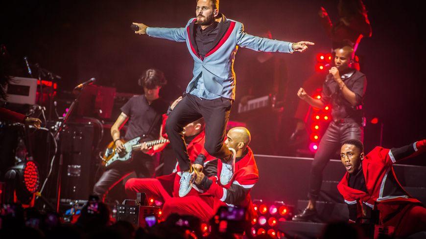 M Pokora lors d'un concert à Nîmes le 21 juillet 2015.
