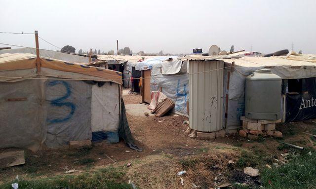 Campement d réfugiés dans la vallée de la Bekaa