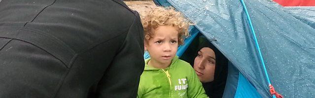 Des réfugiés syriens campent Porte de St Ouen
