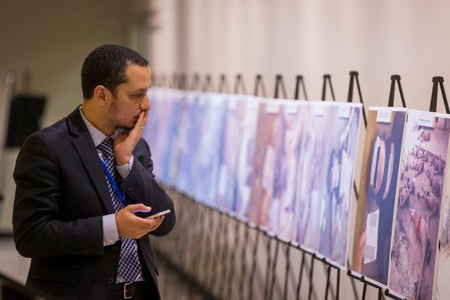 """Les photos de """"Cesar"""" exposés su sièges de l'ONU difficilement supportables"""