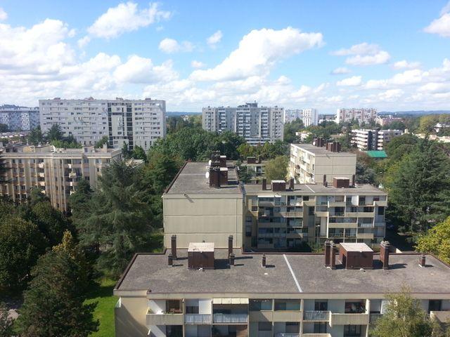 Les tours du quartier Saragosse à Pau