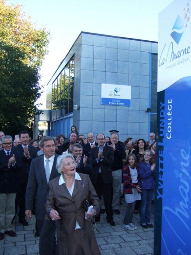 L'inauguration du collège Yvette Lundy à Aÿ dans la Marne - Aucun(e)