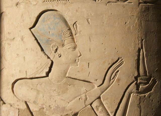 Ramsès II. Vignette d'une colonne de la salle hypostyle du Ramesseum