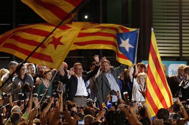 Artur Mas et Oriol Junqueras, les pro indépendance fêtent la victoire