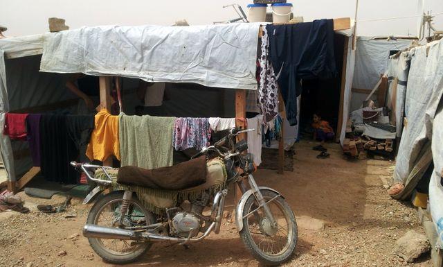 La tente d'Amal et de son mari, réfugiés syriens