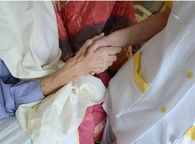 Dans un service de soins palliatifs, on tente d'apaiser l'angoisse du patient