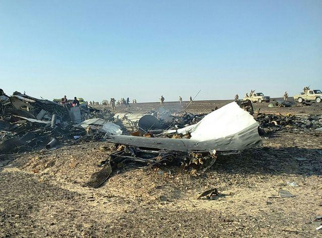 En attendant l'analyse des deux boîtes noires retrouvées dans les décombres, les raisons de la catastrophe restent floues