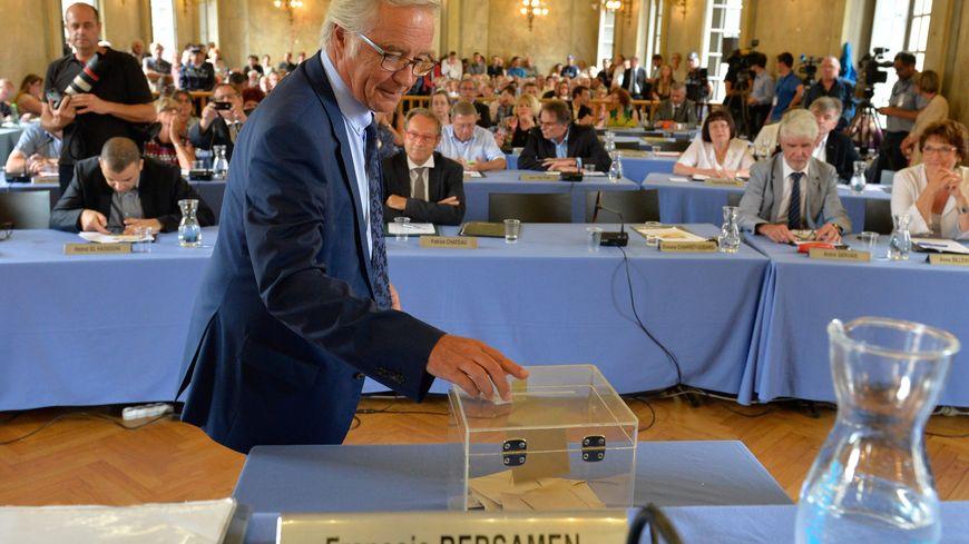 François Rebsamen lors de sa réélection à la mairie de Dijon le 10 août