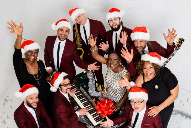 "Sharon Jones & The Dap-Kings ""Holiday"""