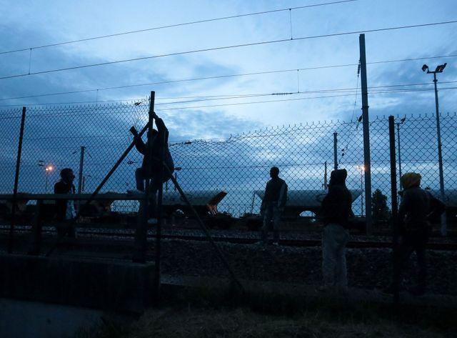 Le bidonville, saturé, compte plus de 4.000 personnes