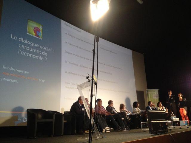 dialogue social conférence