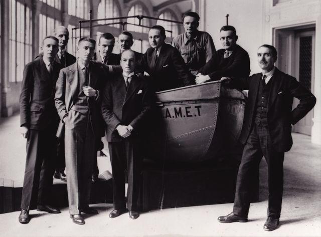 Les membres de la Mission Dakar-Djibouti au Musée d'ethnographie du Trocadéro en 1931