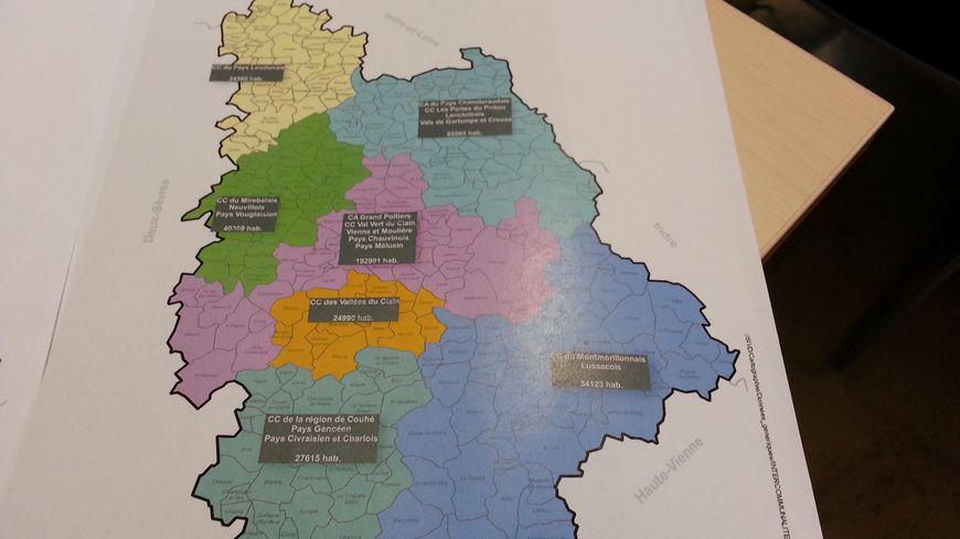 1634ad04c4b La nouvelle carte compte 7 communautés de communes