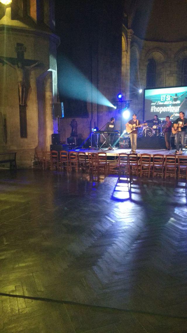 Le groupe Hopen à la cathédrale de Bordeaux