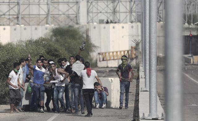 Les affrontements entre jeunes palestiniens et soldats israëliens se sont poursuivis vendredi