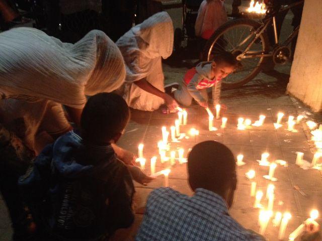 Au Levinsky Park, à Tel-Aviv, des Érythréens se sont rassemblés à la mémoire de Habtom Zarhum
