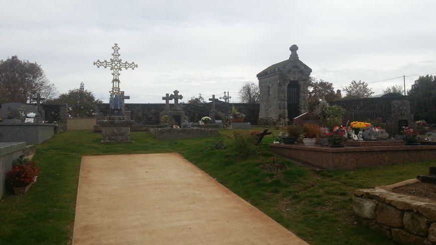 un cimetière paysager