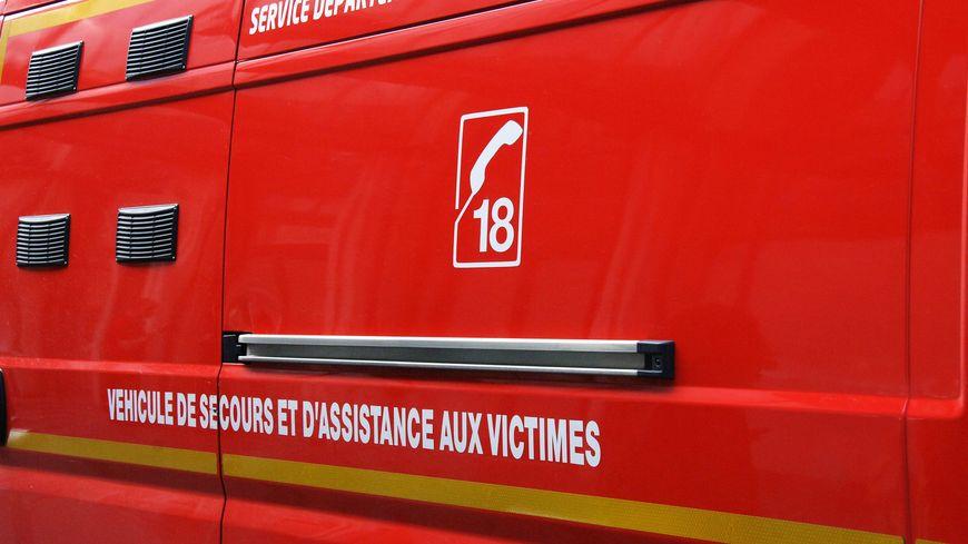 Véhicule de pompiers - illustration