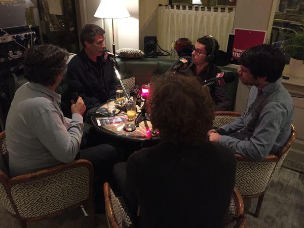 Lionel Esparza au Relais Bedford avec ses invités : Jean-Christophe Frisch, Jean-Yves Clément, Bruno Philippe et Tanguy de Williencourt