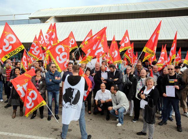 En Corse, des salariés d'Air France syndiqués protestent contre l'attitude de la direction