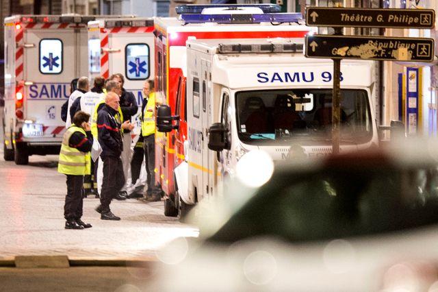 Véhicule du Samu lors de l'opération de mercredi à Saint-Denis