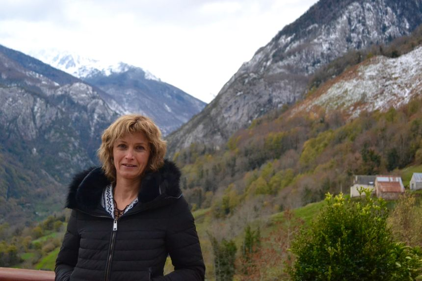 Céline tient des chambres d'hôtes dans la vallée.