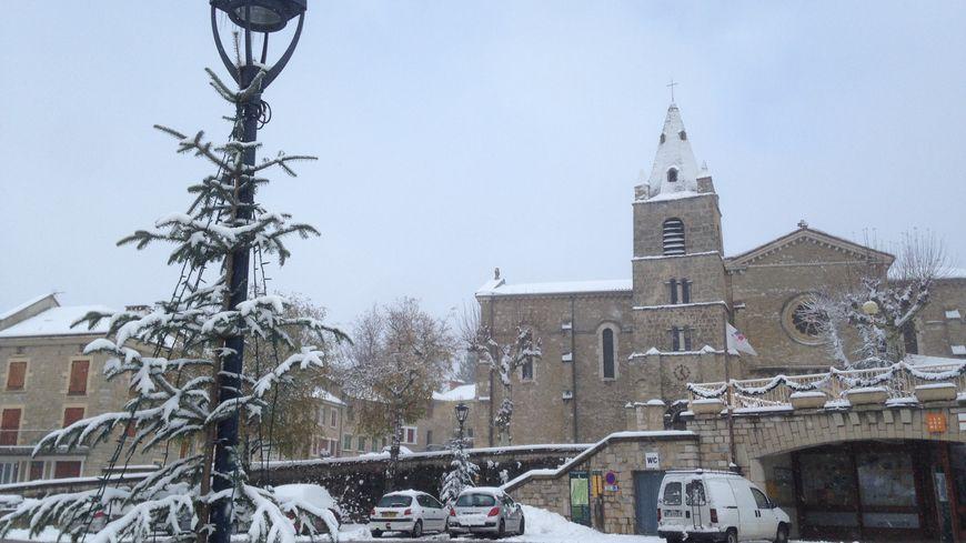 A la Chapelle-en-Vercors, il est tombé environ 15 centimètres de neige.