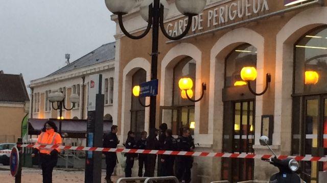La gare de Périgueux bouclée pendant trois heures.