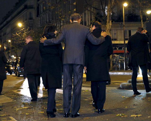 Anne Hidalgo, Barack Obama et François Hollande devant le Bataclan
