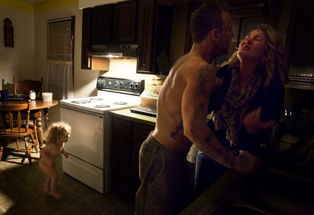 """Cette photo extraite de la série """"Shane & Maggie"""" reçu le World Press Photo en 2014 dans la catégorie """"Problèmes contemporains"""""""