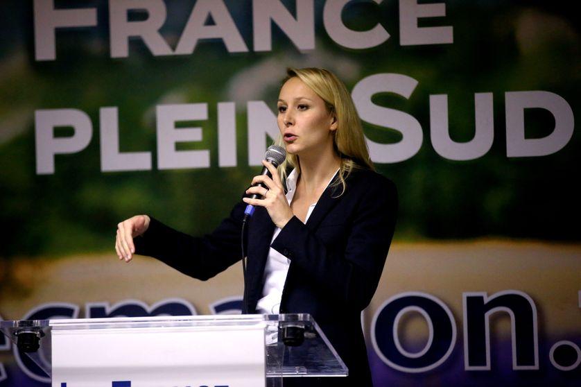 Réunion politique de Marion Maréchal-Le Pen à Aix en Provence, le 12 novembre 2015