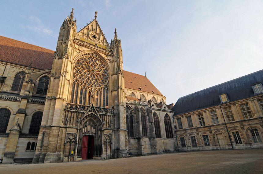La cathédrale de Sens.