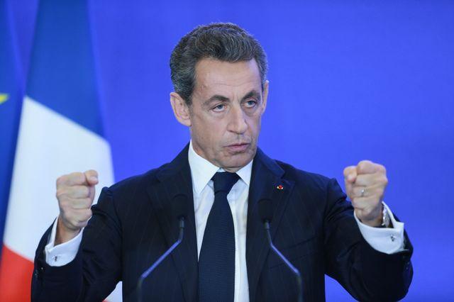 Nicolas Sarkozy à la tribune