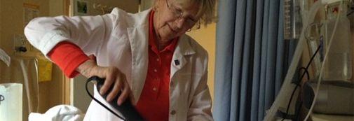 Kathleen Mahony, bénévole coiffeuse pour la Fondation PalliAmi