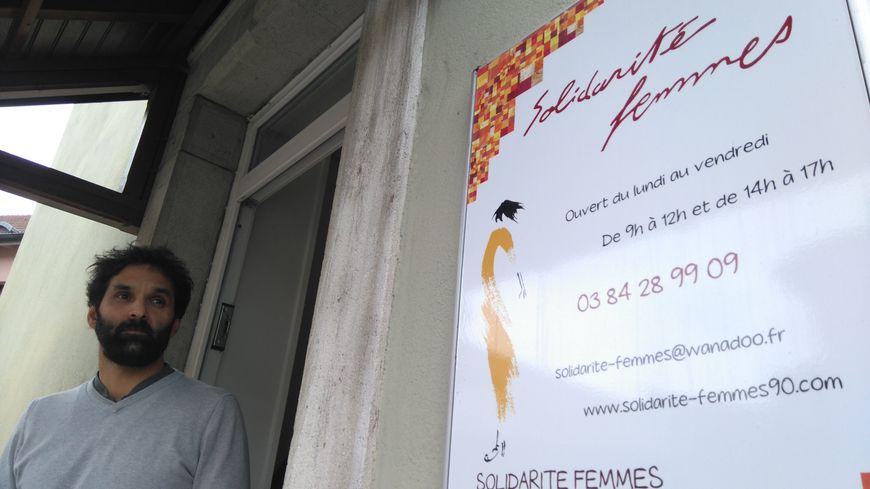 Mathieu Besset, est l'un des travailleurs sociaux de l'association