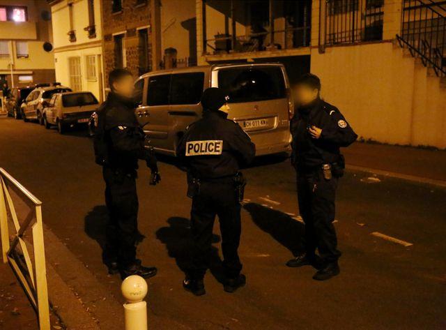 Les policiers ont retrouvé une ceinture d'explosifs dans une poubelle à Montrouge