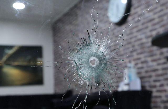Dix-neuf personnes ont été tuées au café La Belle Equipe