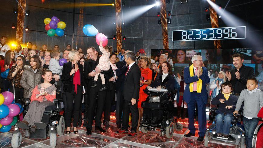Le Téléthon 2014 s'est déroulé sur le Champ-de-Mars, à Paris