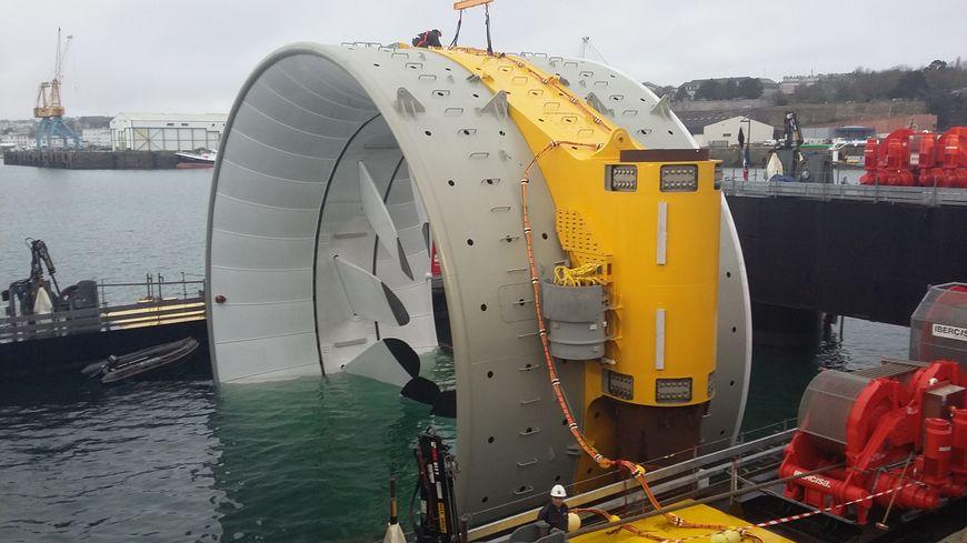la première turbine à Brest avant le départ pour Paimpol-Bréhat