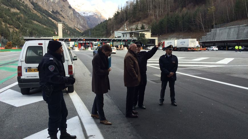 Le prefet en visite au poste frontières de Bardonecchia