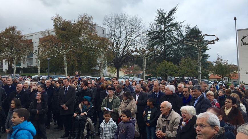 500 personnes se sont réunies à Mourenx