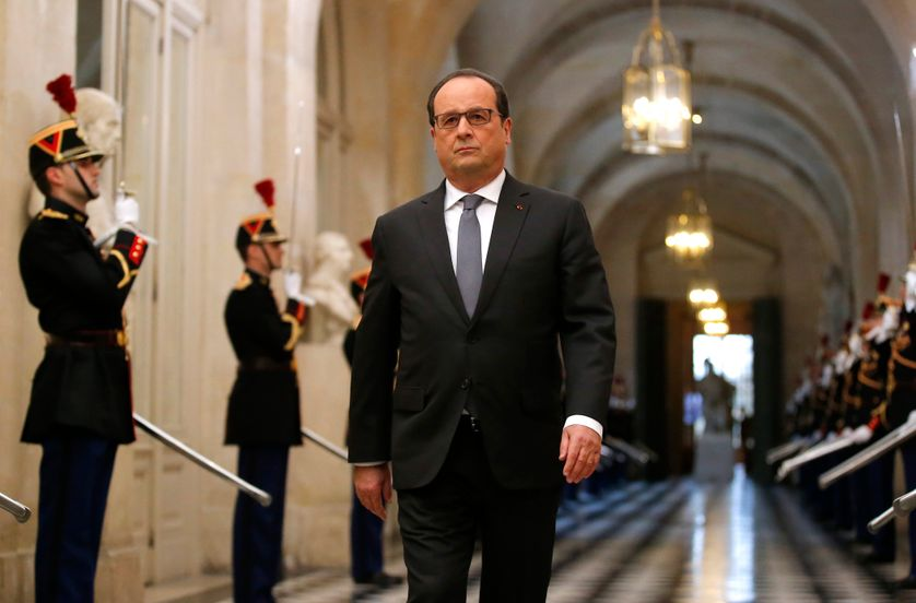 François Hollande, le 16 novembre 2015, avant qu'il ne s'exprime devant tous les parlementaires réunis en Congrès à Versailles
