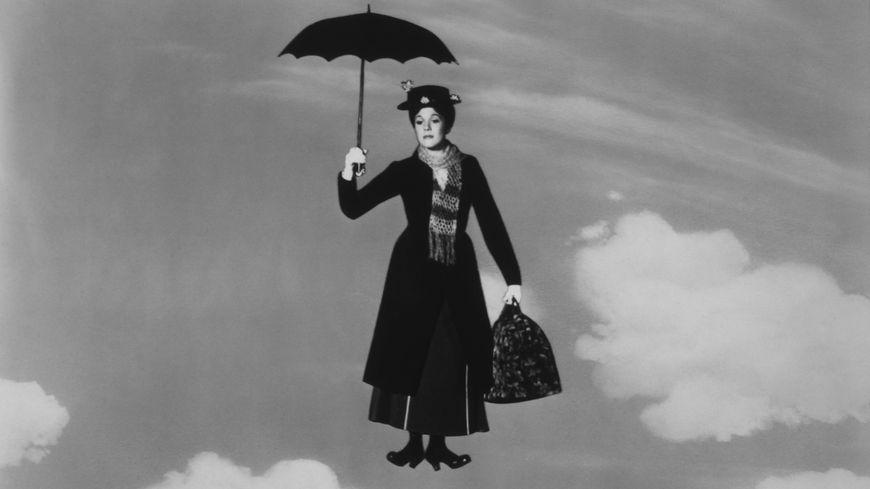 Maru Poppins, incarnée par Julie Andrews dans le film de Walt Disney