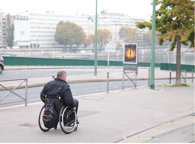 L'allocation adulte handicapé s'élève à 807 euros