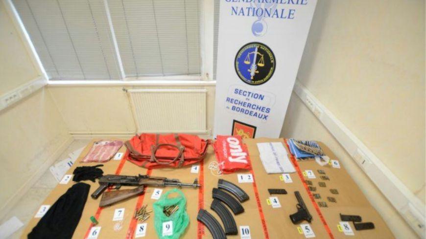 """Le """"butin"""" de la section de recherches de la gendarmerie de Bordeaux."""
