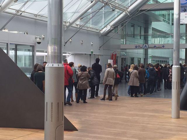 File d'attente à l'Hôpital Pompidou