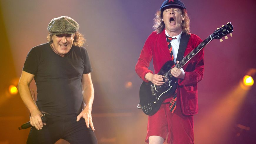 Brian Johnson et Angus Young, de AC/DC