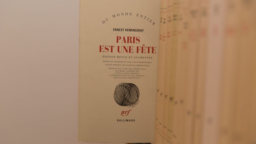 """Le roman """"Paris est une fête"""" d'Ernest Hemingway a vu ses ventes grimper"""