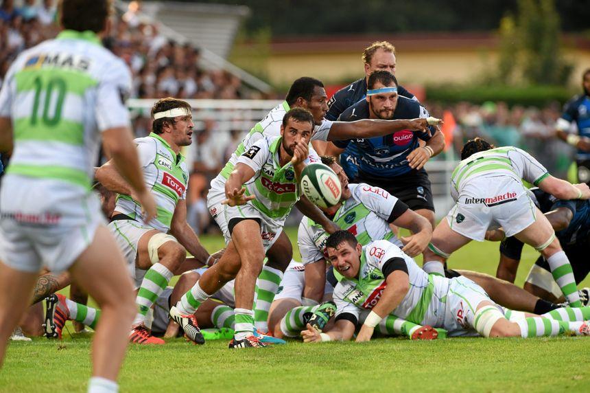 La Section paloise en action face à Montpellier.