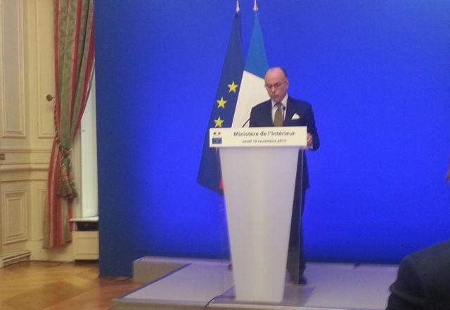Bernard Cazeneuve en conférence de presse